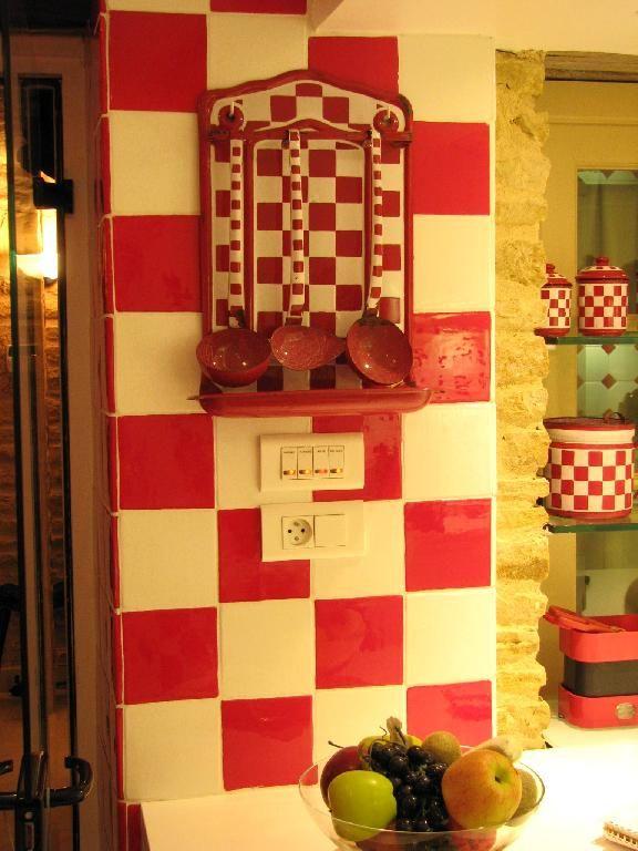 Faïence et carrelage mural de cuisine  carreaux artisanaux pour