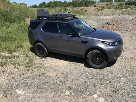 Exploring The 2017 Land Rover Discovery 5 D5 Off Road Options Land Rover Forums Land Rover Enth Land Rover Discovery 5 Discovery 5 Land Rover Discovery