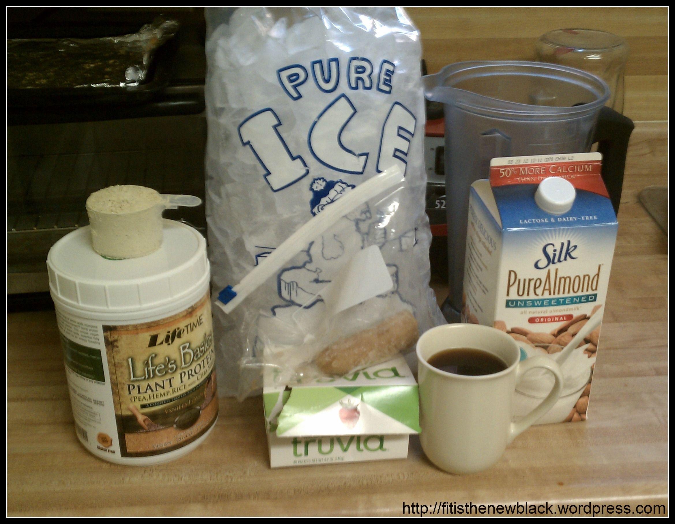 Breakfast coffee smoothie ingredients