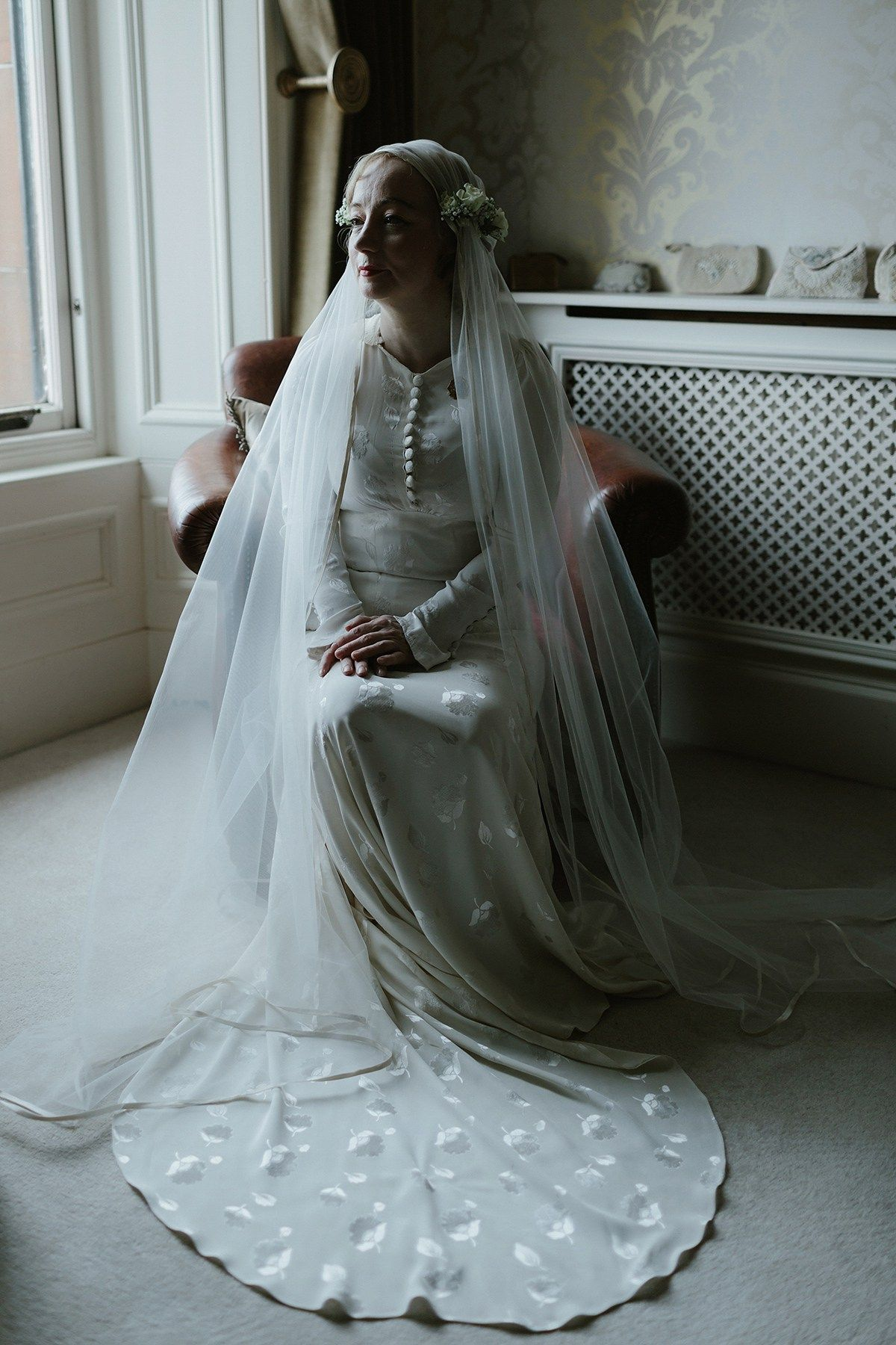 A 1930\'s Vintage Gown and Handfasting for an Intimate Wedding Held ...