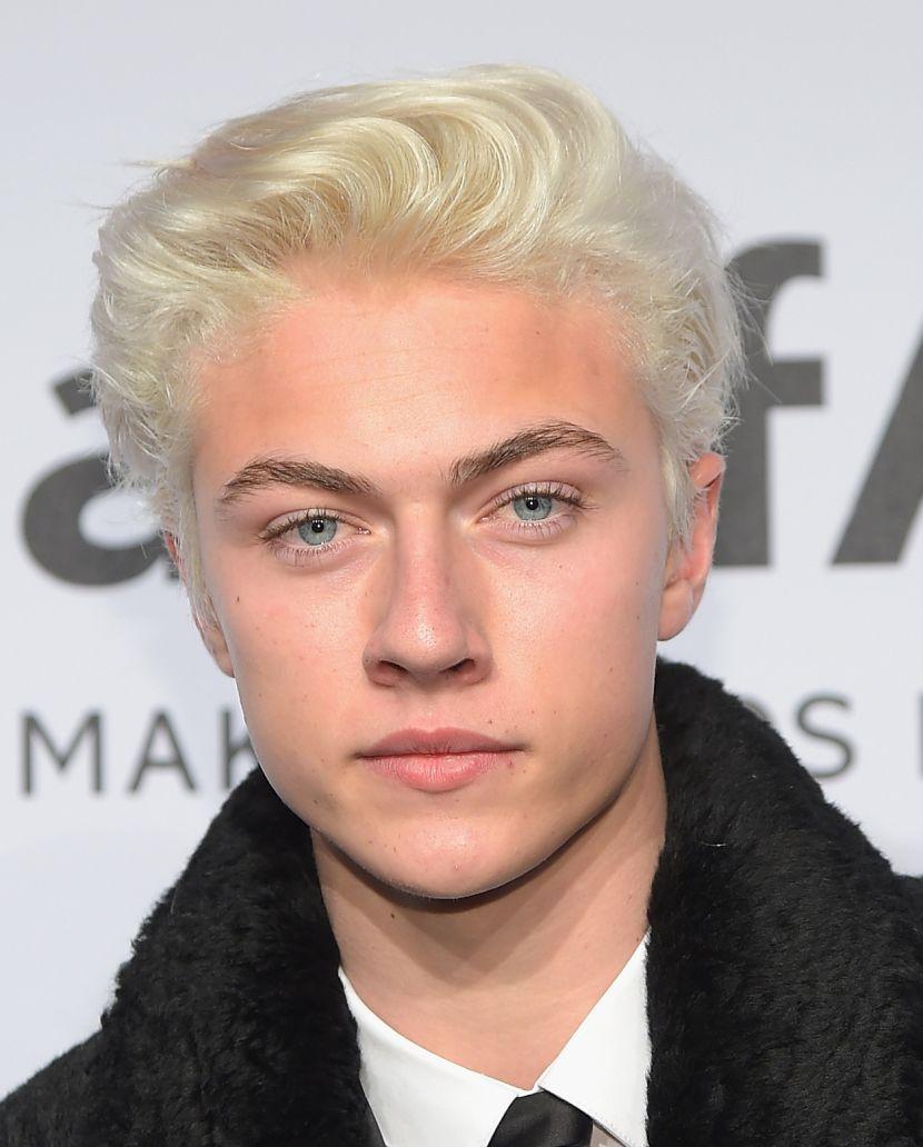 Apparently My Peroxide Blonde Heroes Are All Male Celebs Blonde Hair Boy Platinum Blonde Hair Men Bleach Blonde Hair