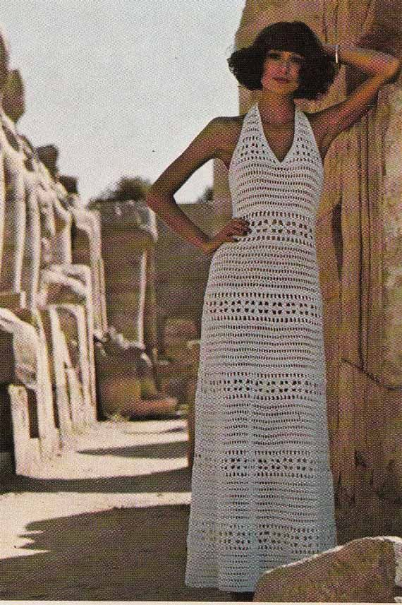 a4e079d891f009 Haak een prachtige halterneck lange jurk