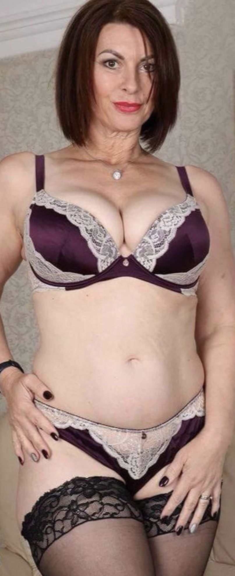 Pin on QKW: Mature and still beautifully hot