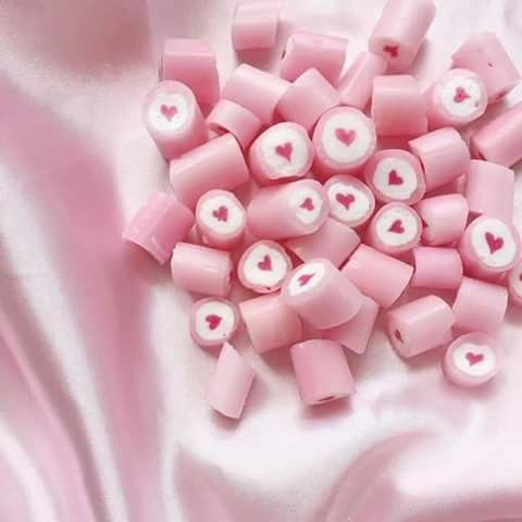adorable pink candies with hearts in the center pretty in pink pinterest pastel rose and. Black Bedroom Furniture Sets. Home Design Ideas