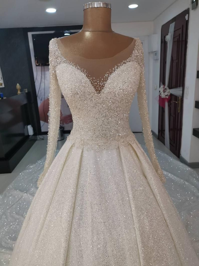 Bling Bling Hand Beaded And Glitter Wedding Dress Lebanese Wedding Dress With Long Train In 2021 Sparkle Wedding Dress Sparkly Wedding Dress Plus Wedding Dresses [ 1059 x 794 Pixel ]