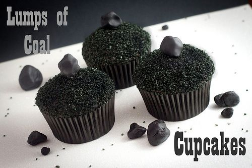 Lump Of Coal Cupcakes With Images Christmas Treats Christmas