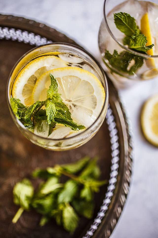 Nonni - orange liqueur and prosecco cocktail flavored with fresh mint and citrus. | 1BigBite