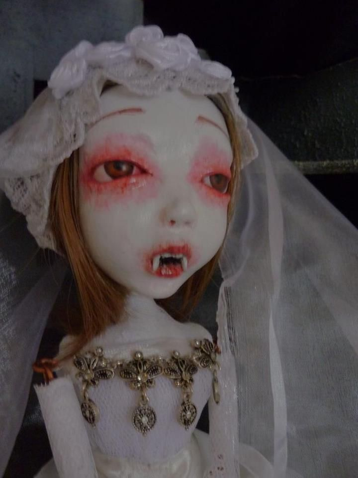 Abandoned Bride of Dracula  by  Donna Sodarksocute