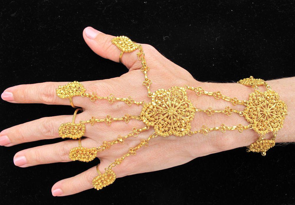 Vintage Wedding Bangle Bracelet With Five Finger Rings From India 59 00 Via Etsy Bangle Bracelets Artisan Beauty Titanium Wedding Band