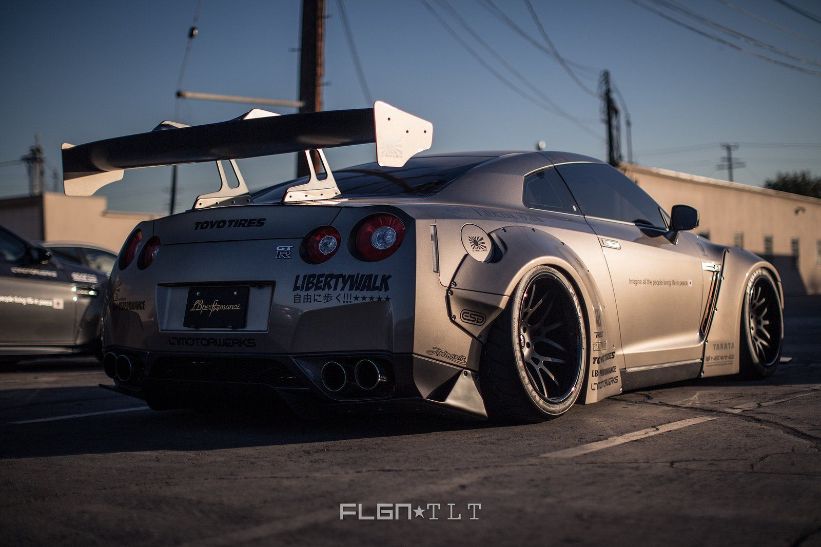 Nissan gtr tuning cars body kit