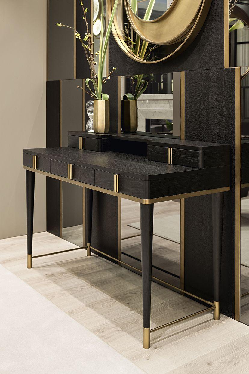 Dama bookcase designed by Massimiliano Raggi architetto for Oasis