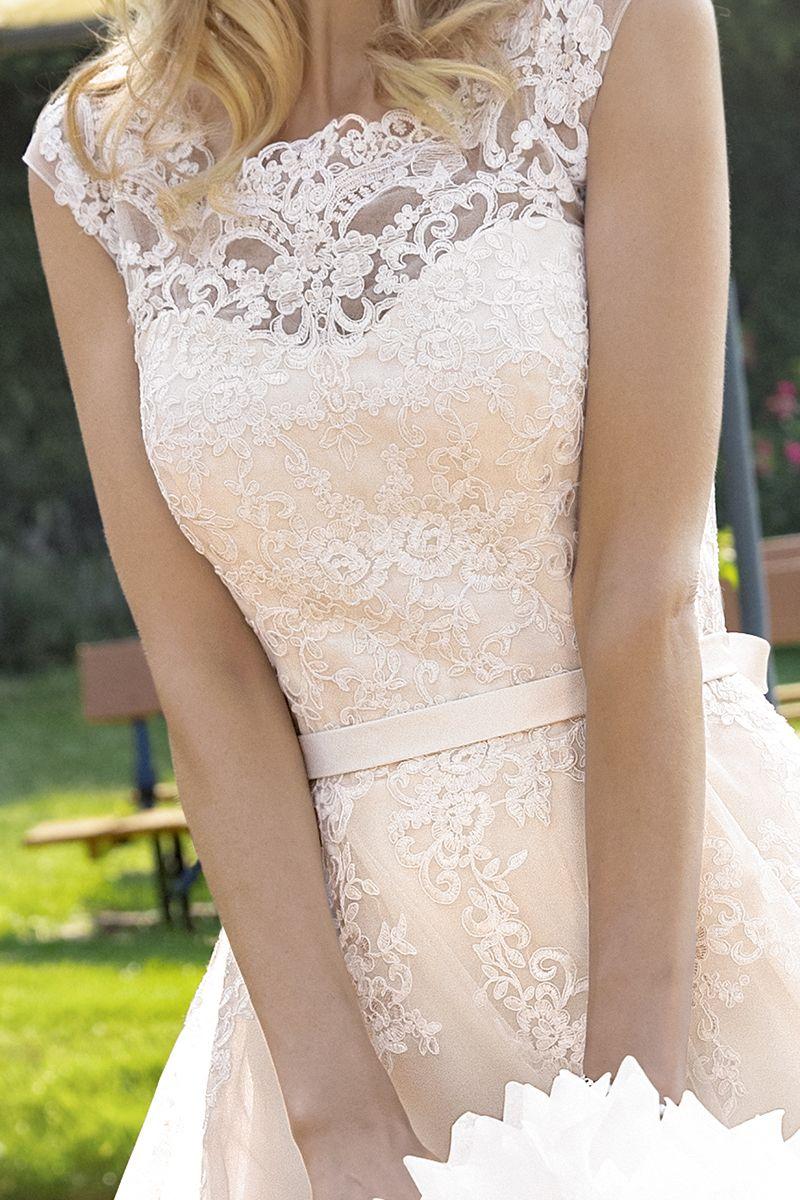KLEEMEIER  Brautkleider, festliche Kleider & Dessous  Kleid