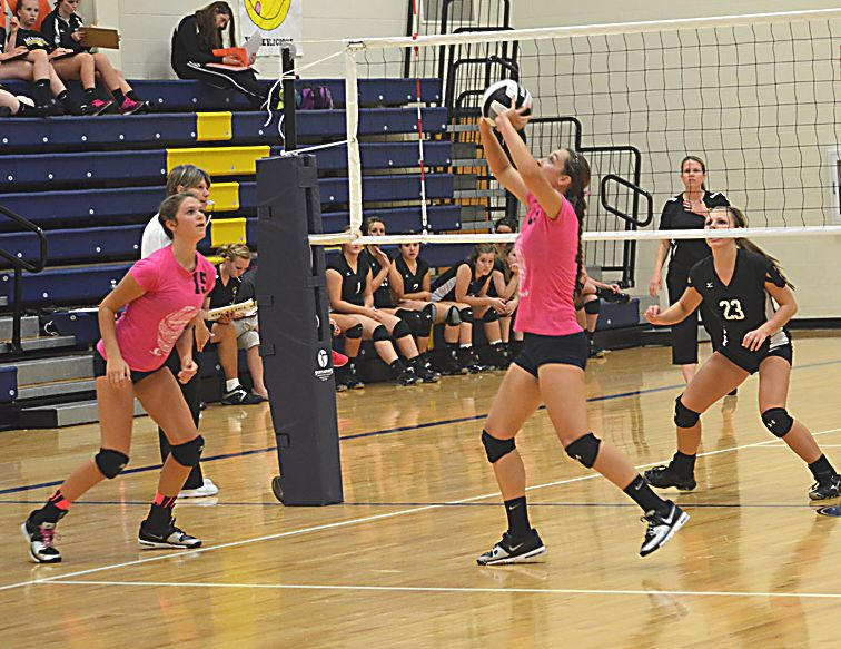 Prep Volleyball New Riegel Wins Srl Championship Sports Story Volleyball Sports