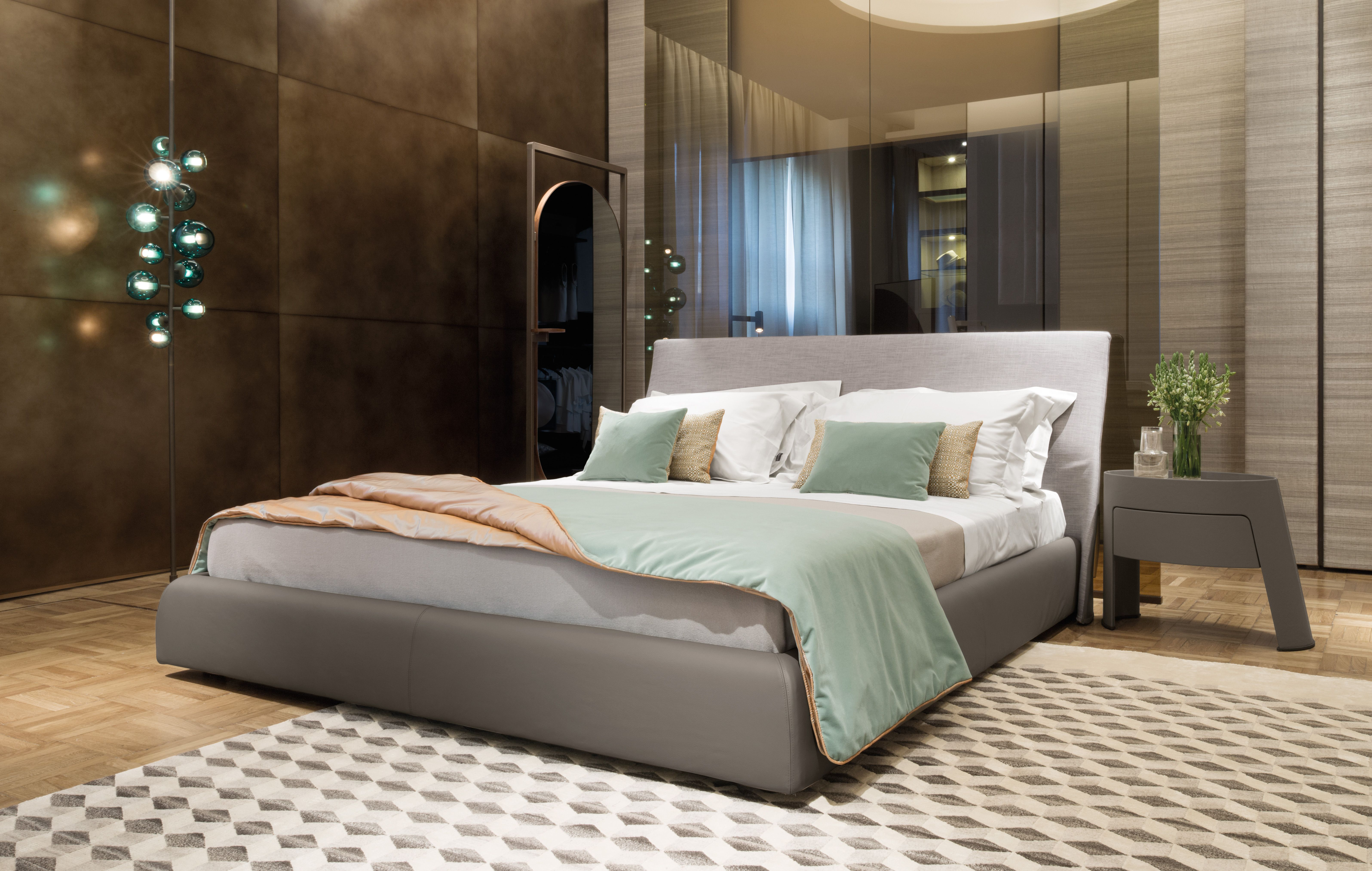 Find out Giorgetti Sleeping Area.  #Giorgetti #interior #design #luxury #furniture #home #homedesign #homedecor #interiordesign #interiorideas #madeinitaly #architect #architectlovers #sleepingroom #bedroom #bed