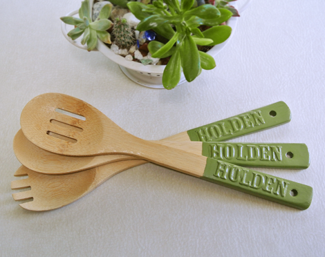 Cool use for plasti-dip! // never lose your utensils again at a pot luck // by just something I made
