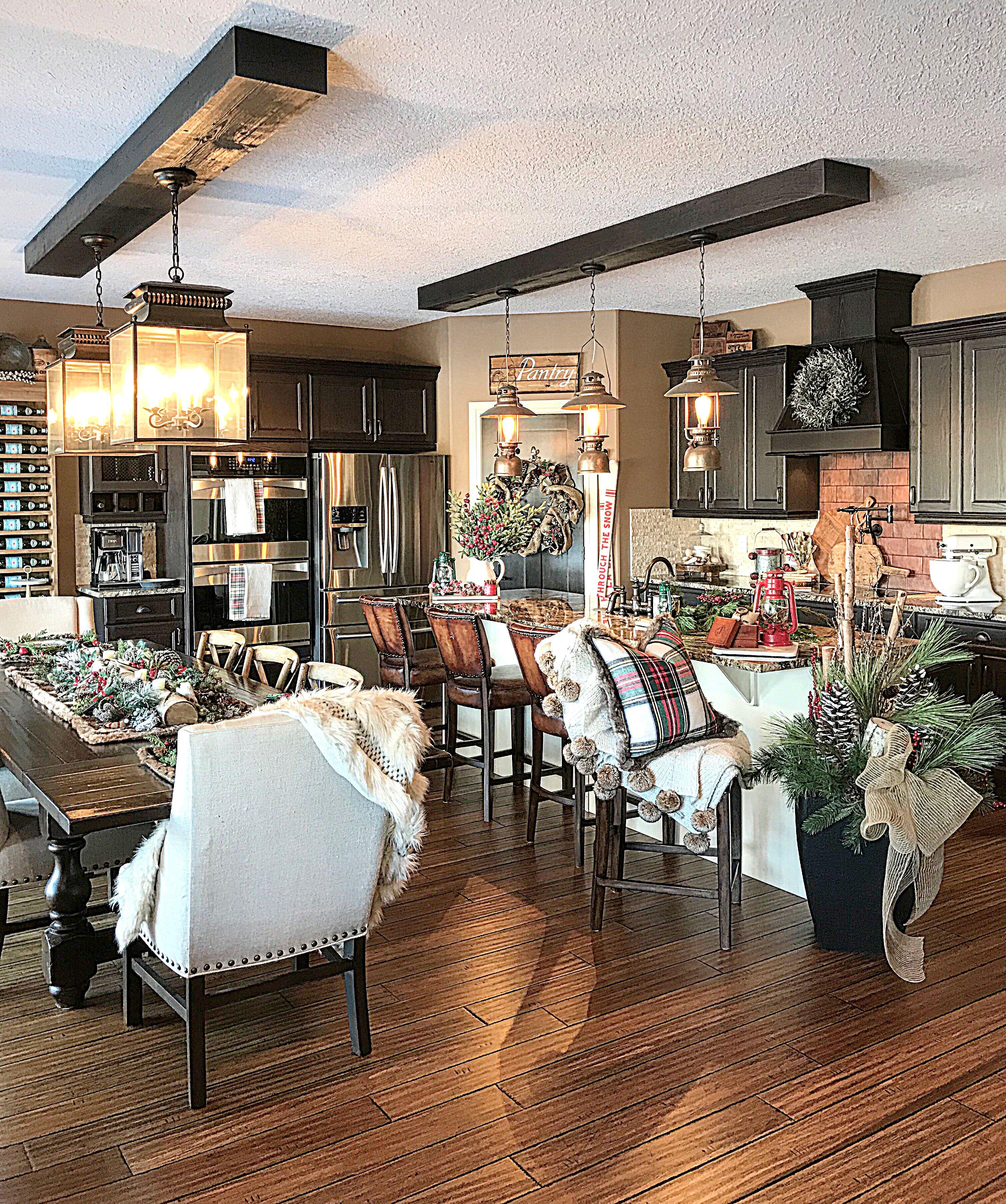 christmas kitchendesign kitchenideas farmhouse farmhousestyle farmhousedecor homedecor on farmhouse kitchen xmas id=94933