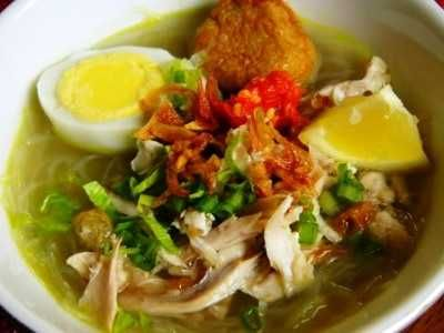Resep Soto Madura Asli Daging Ayam Wawan Kuah Bening Bumbu Balado Indonesian Cuisine Food Dishes Traditional Food