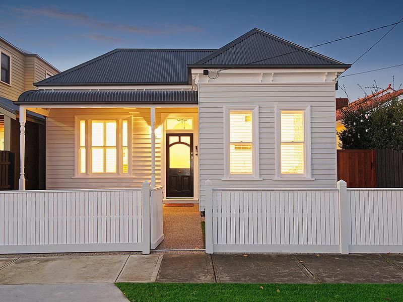 White on white Edwardian house. Like the black front door | Small ...