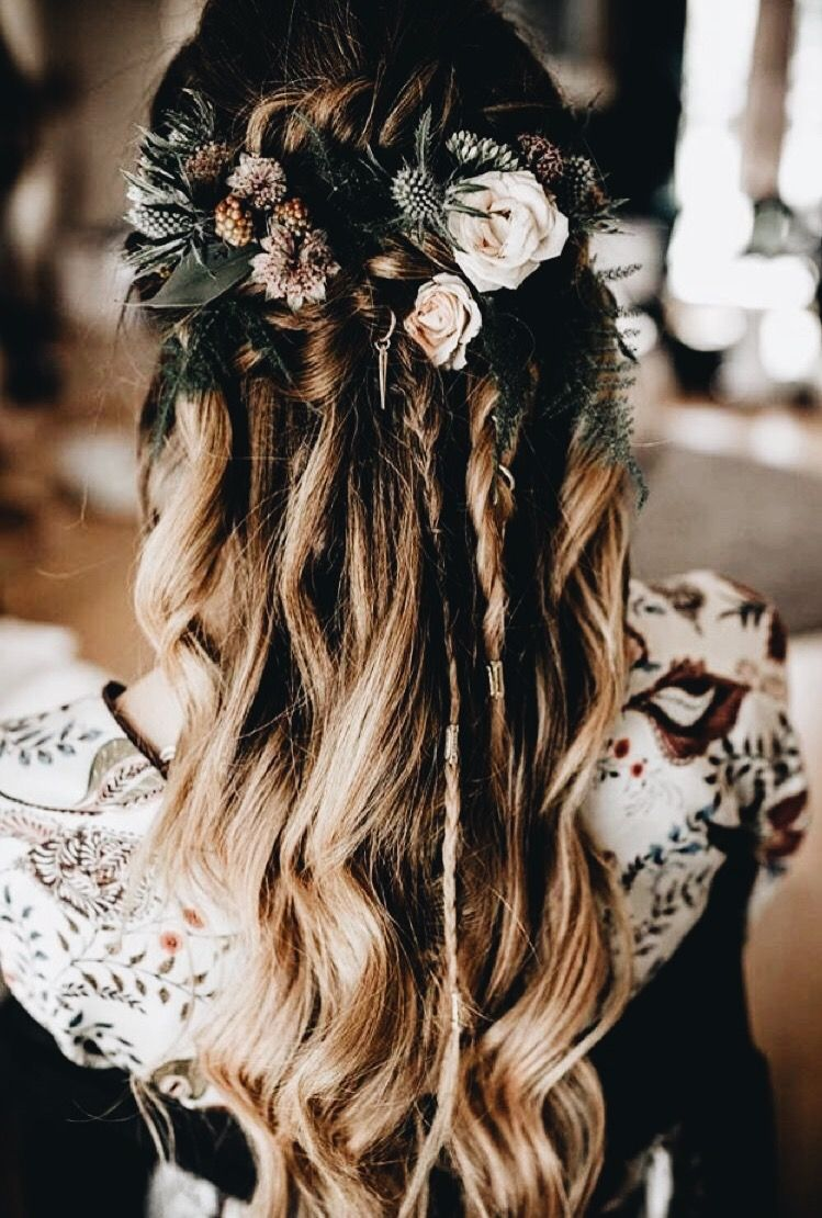 Pin by hope on hairstyles pinterest wedding hair style and weddings