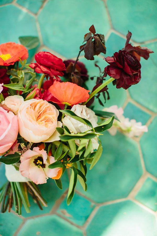 Garden wedding with impeccable floral design spring wedding garden wedding with impeccable floral design spring wedding flowerswedding mightylinksfo