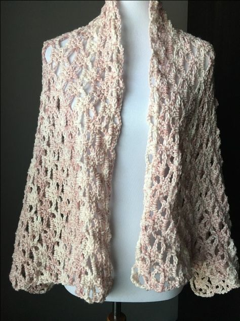 The Perfect Lacy Crochet Shawl With Free Pattern Lace Pinterest