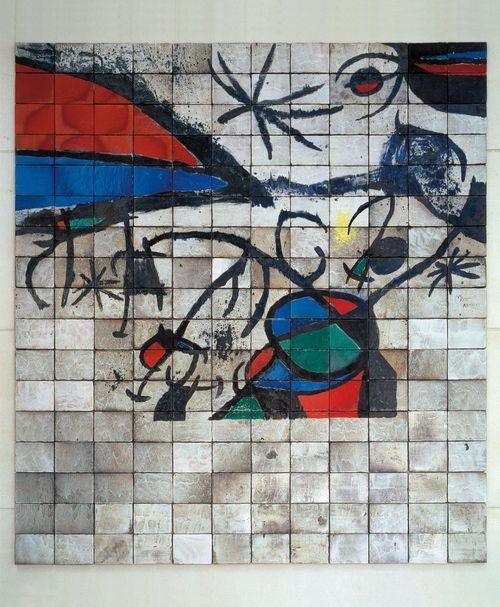 Joan Miro 1972 Mur de la Cinémathèque de Paris
