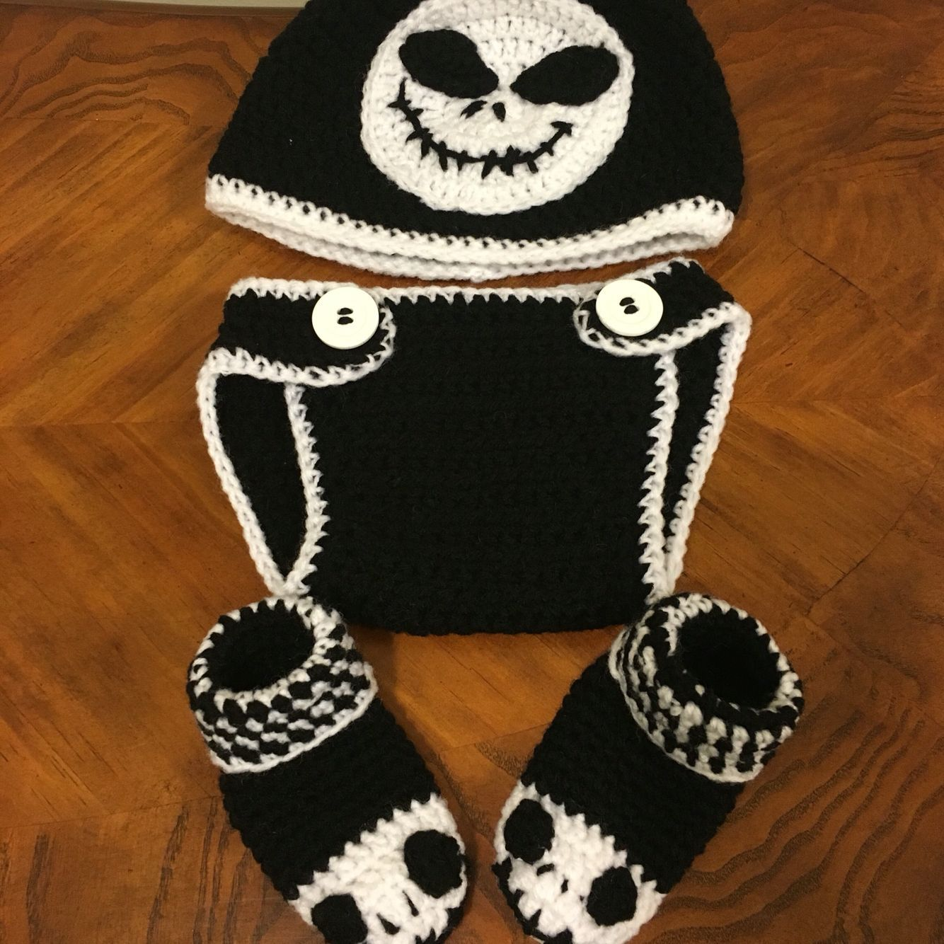 (Halloween Baby Booties) - Crochet jack Skellington inspired baby hat, booties, diaper cover ...