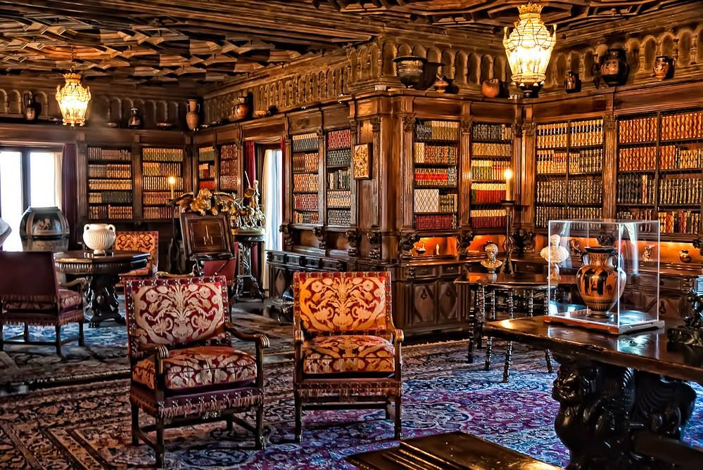 The Private Library of William Randolph Hearst...forget Beauty and the  Beast library, this one's gorgeous | Hearst castle, Castle floor plan,  Beautiful library