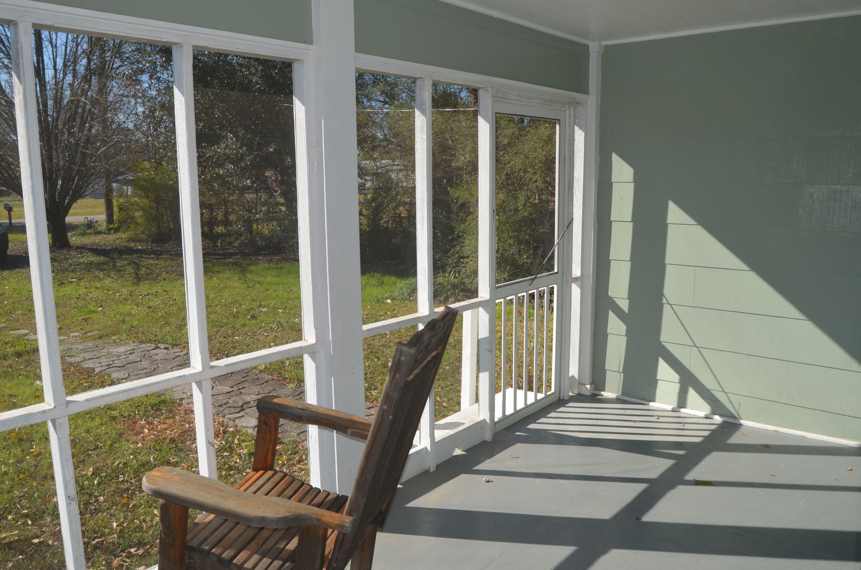 20901 E. Railroad Ave.  Again, love this porch.