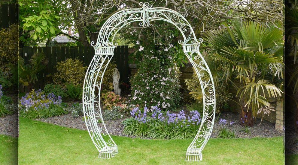 Grande Arche En Fer Forge De Couleur Verte Arche Jardin Couleur Vert Decoration Jardin