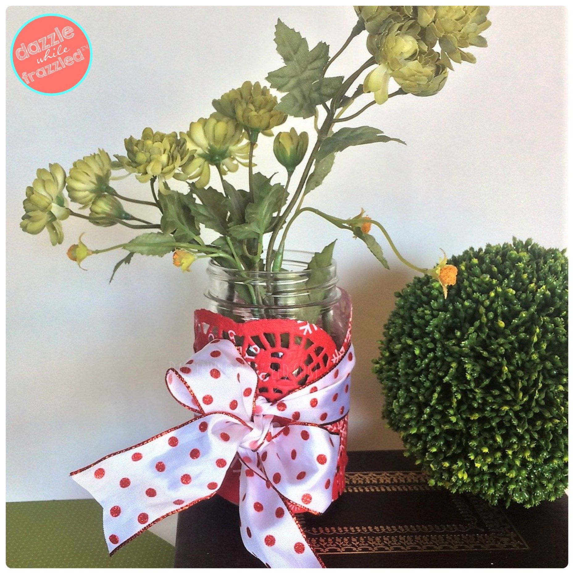 Cheap dollar store paper doily flower vases for easy decorating cheap dollar store paper doily flower vases for easy decorating izmirmasajfo