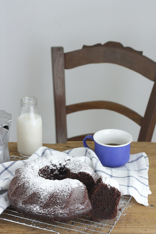 Ciambella soffice al cacao senza glutine | petitpatisserieblog