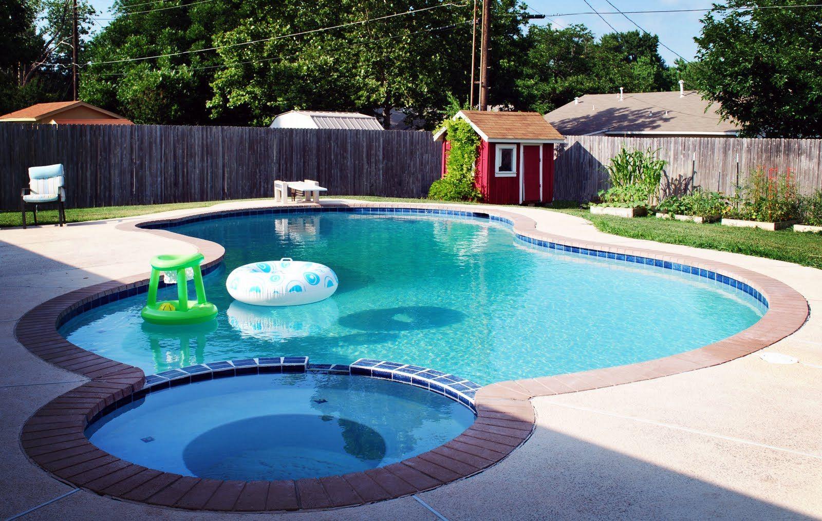 7 Inground Pools For Small Yards Balloondir Small Inground Pool Pools For Small Yards Small Backyard Pools