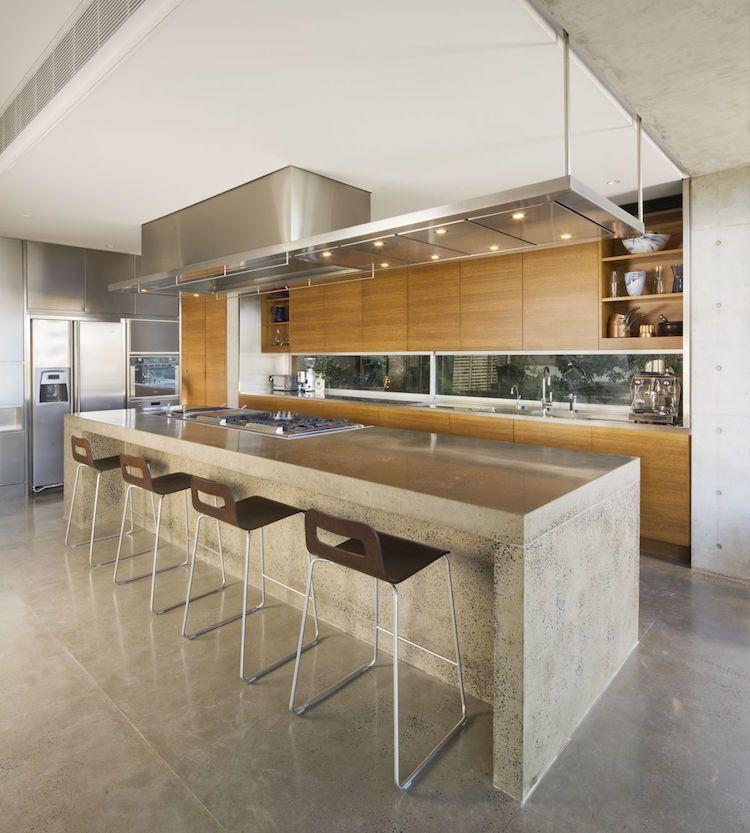 Plan de travail béton ciré pour lu0027îlot de la cuisine design - Table De Cuisine Avec Plan De Travail