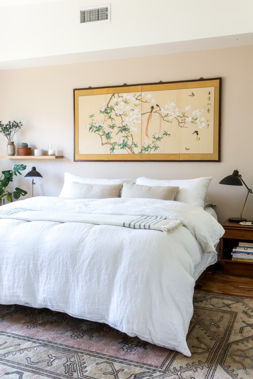No Headboard, No Problem 11 Other Ideas for Framing a Bed