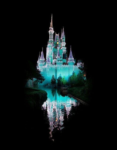 25 Best Disney Furniture Ideas On Pinterest: Best 25+ Disney Castles Ideas On Pinterest