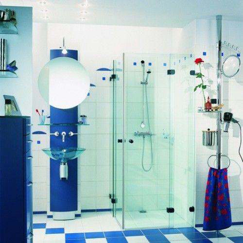 Bano De Color Azul Y Blanco Moderno Y Funcional Compuesto Por