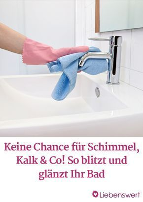 Mit Diesen Einfachen Tricks Ganz Leicht Schimmel Und Kalk Entfernen Badezimmer Putzen Tipps Haushalts Tipps Tipps Und Tricks