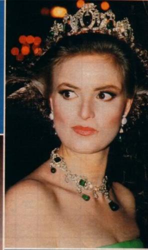 Princess Gloria Von Thurn Und Taxis Royal Jewels Beautiful Tiaras Royal Crowns