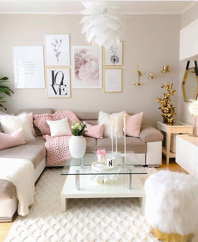 """Photo of Dekorinspirasjon av Ty på Instagram: """"Kan vi snakke om hvor pen stuen er ?! 💖: Følg @mrstylovesdecor for dekorinspirasjon 💫 ::: 📷 @nihals_sweet_home 📷 :: … """""""