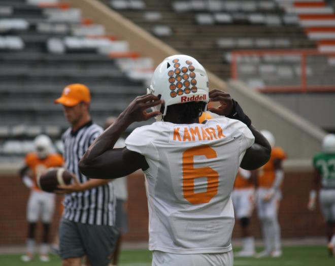 Alvin Kamara Has Quite A Few Helmet Stickers Tennessee Football Tennessee Volunteers Football And Basketball