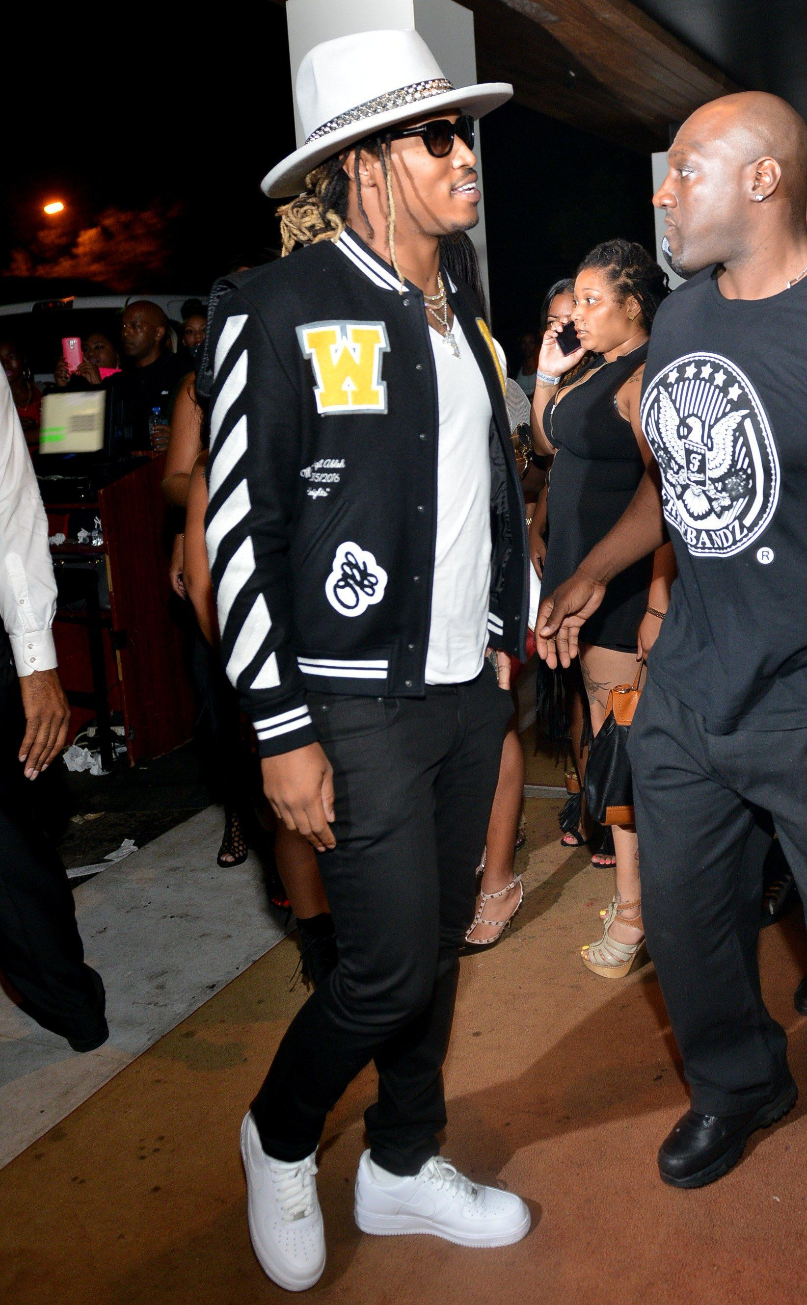 623bcd24a Proof That Future is the Best Accessorized Man in the World Right ...