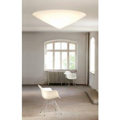 At einrichten design there are wall and ceiling lights leading manufacturer such as flos artemide and foscarini
