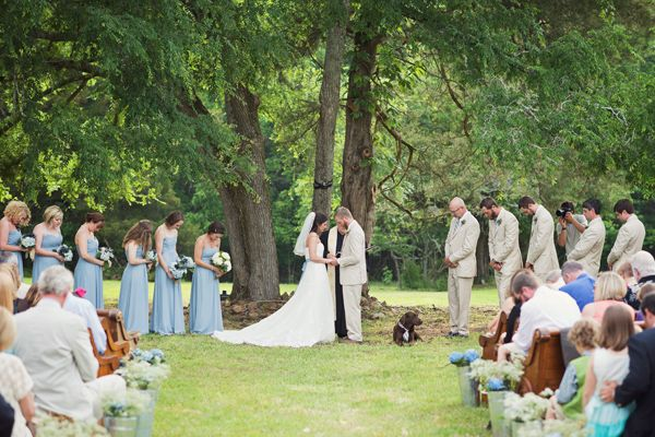 outdoor ceremony under a tree | Happy Everything Co #wedding