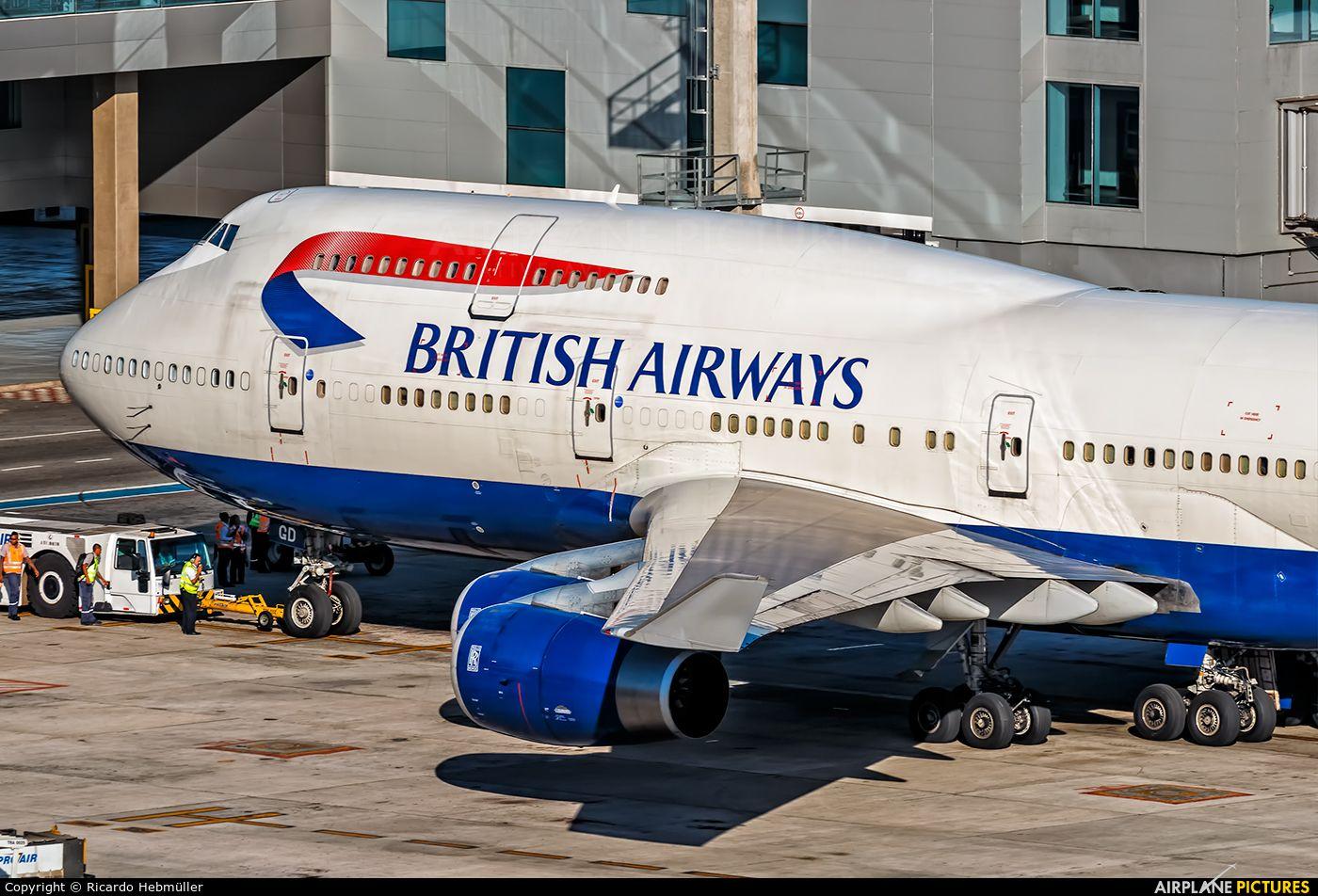 British Airways Boeing 747400 photo by Ricardo Hebmüller