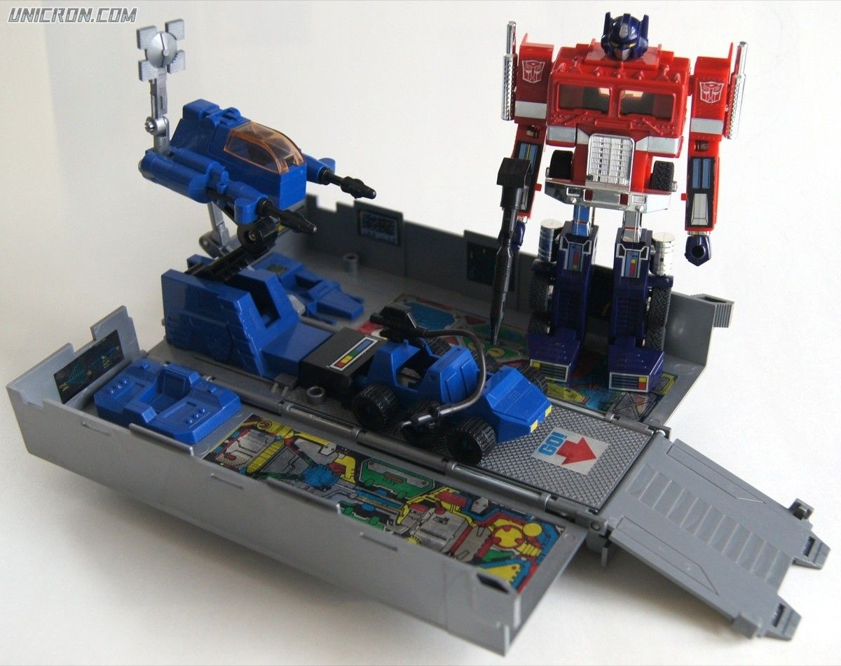 Transformers g optimus prime toy lost toys pinterest