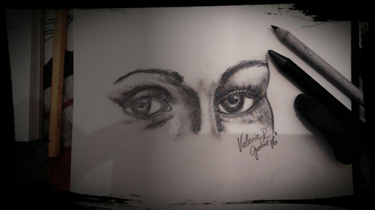 #eyes #woman #valeriarogualda #art #graphite Valeria Ro Gualda