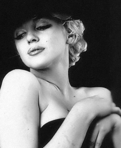 Marilyn Monroe. Black sitting. Photo by Milton H. Greene, February 1956
