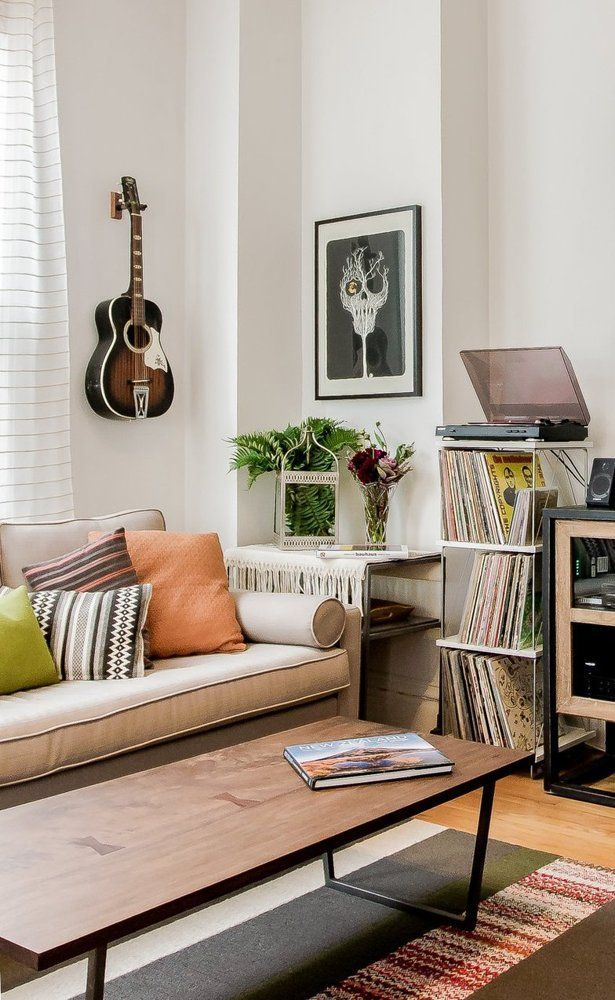 Claire  amp luke  soulful logan square apartment house tour therapy living room also an airy los angeles treehouse nesting home decor interior rh pinterest