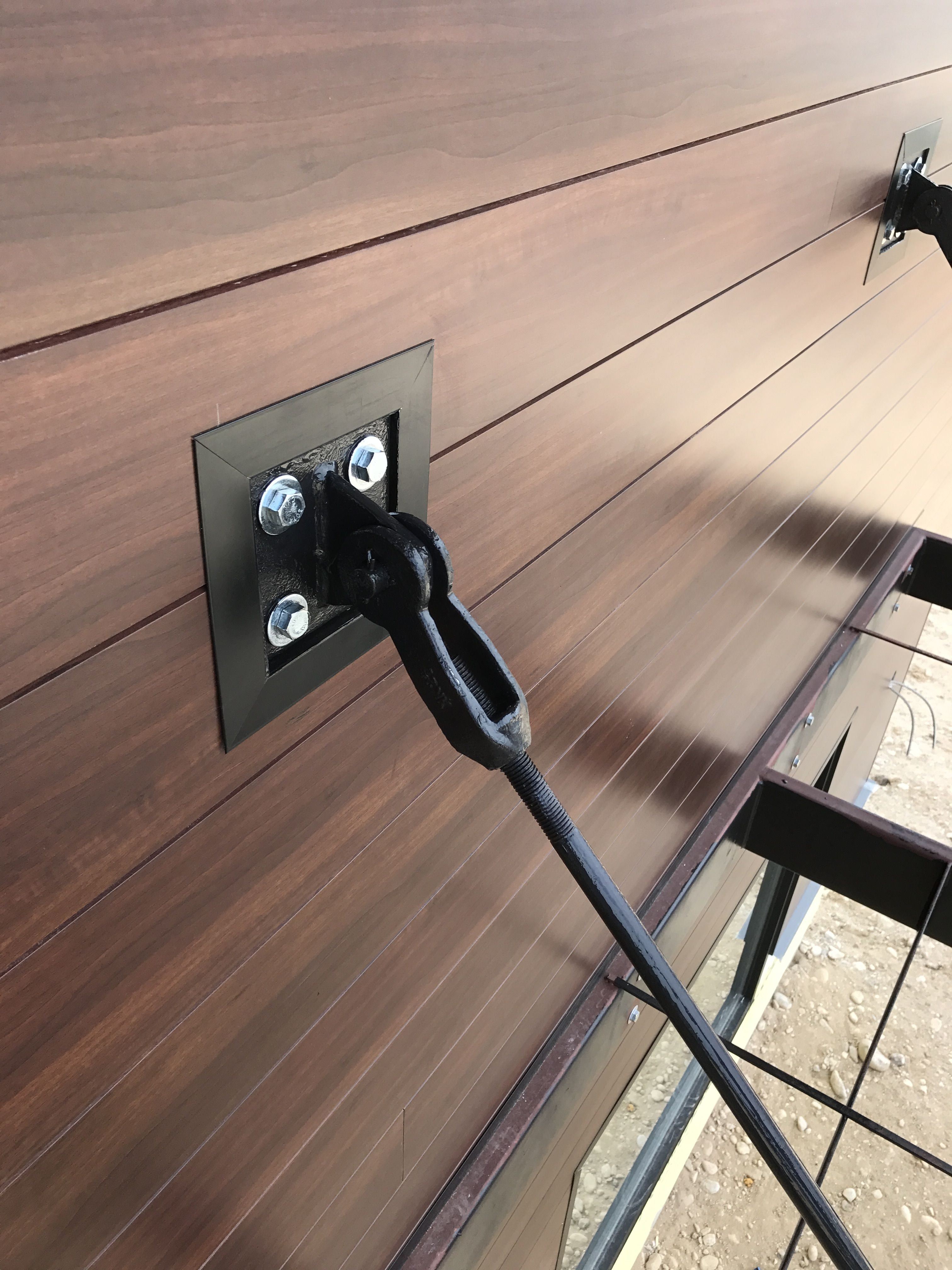 Steel Wall Anchor Bolts And Aluminum Siding That Looks Like Wood Aluminum Siding Steel Wall Wall Anchors